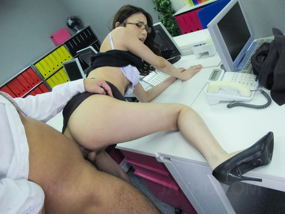 Share office glasses anal quickly