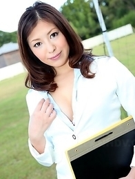 Sweet teacher Jun Sena shows off