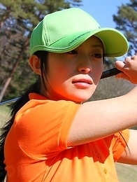 Beautiful golf chick Nana Kunimi
